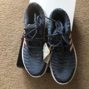 adidas Shoes - NIB adidas Women's Energy Cloud V Running Shoes